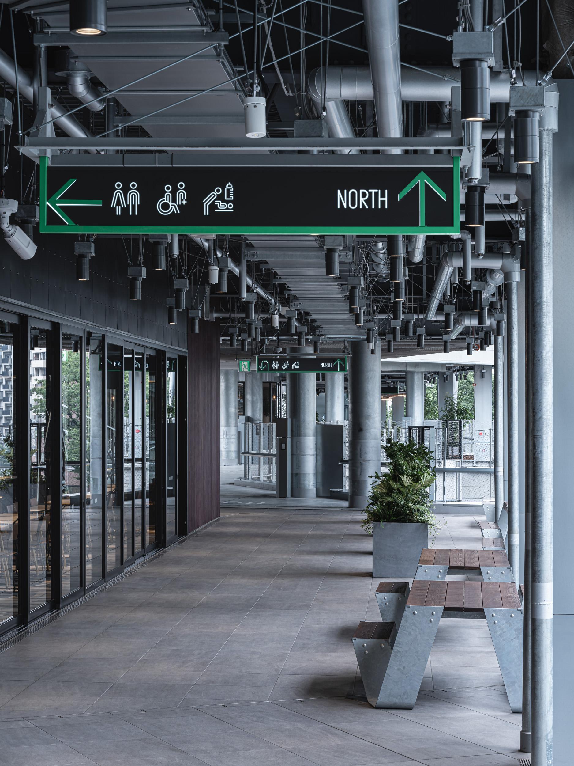 07_miyashitapark_sign_011